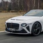 Már javában tesztelik a tető nélküli legújabb Bentley luxusautót