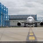 Mérföldkő a repülésben: kövesse élőben az új gép felszállását!