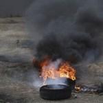 Vérfürdővel indult a jeruzsálemi amerikai nagykövetség nyitásának napja a Gázai övezetnél