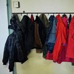 Kiborult a brit iskolaigazgató: megmondja a szülőknek, hogy mibe öltözzenek