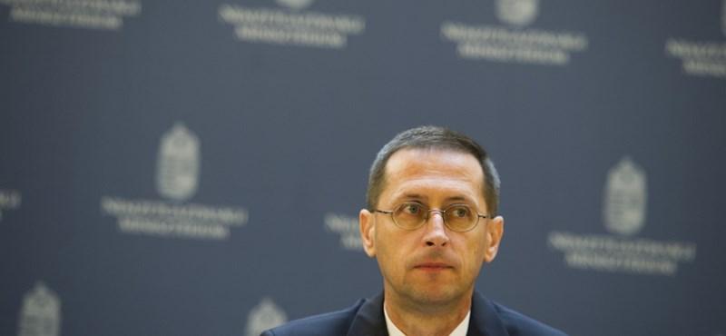 Varga Mihály: az államadósság a GDP 75,8 százaléka volt
