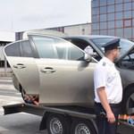 Lopott BMW-vel bukott le a román sofőr a magyar határon
