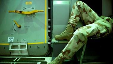 Az afganisztáni háborúban átéltek miatt támadhatott késsel Pápán egy volt katona járókelőkre