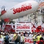 30 ezren tüntettek Varsóban