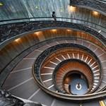 A második világháború óta nem volt ilyen sokáig zárva, de ismét kinyitott a Vatikáni Múzeum