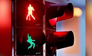 Közlekedési lámpákban látták Elvist