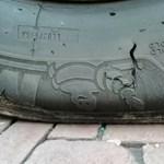 Tilosban parkoló autók kerekeit vagdosta éveken át egy magyar férfi Chemnitzben