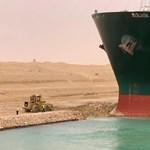 """A Szuezi-csatornába beszorult konténerszállító """"a mentális állapotunk pandémia idején"""""""