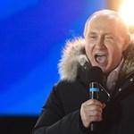 Trump telefonon gratulált az újraválasztott Putyinnak, aztán egyeztettek