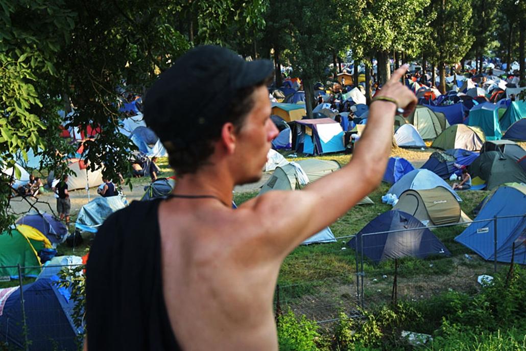 A sátorhelyek már az első napon elfogytak, a szervezők megnyitották a pótkempinget is.