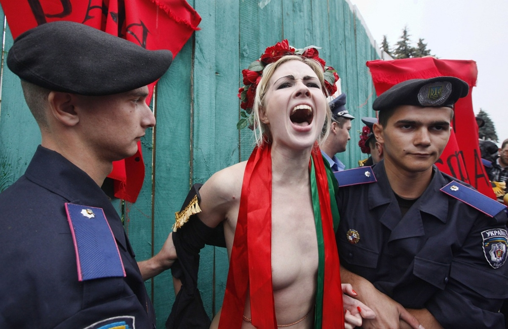 Femen tüntetés