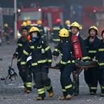 Több tucat amatőr tűzoltó tűnt el Tiencsinben