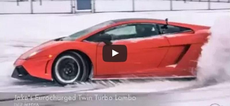 Így mókázik a hóban egy 1500 lóerős Gallardo – videó