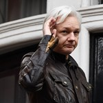 Bővítették a vádat Julian Assange ellen