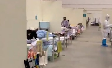 Videó készült egy vuhani kórház belsejéről, ahol koronavírussal fertőzötteket ápolnak