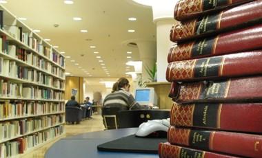 Budapesti könyvtárkörkép: hol tanulhattok az év utolsó napjaiban?