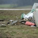 Rommá tört a Dánynál lezuhant kisrepülő – fotók