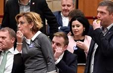 Újabb öt ellenzéki kapott félmilliós büntetést