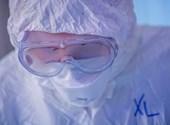 Csilek András infektológus: Van az emberi szenvedésnek egy olyan foka, amit nem szabad megmutatni