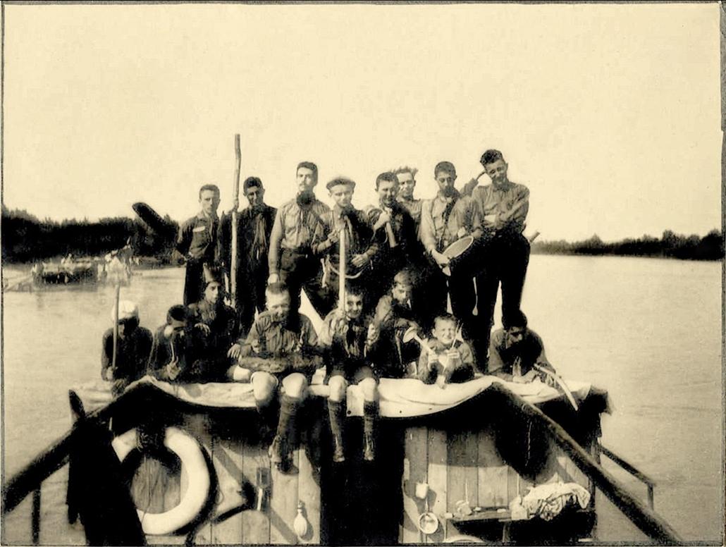 Vági tutajtúra résztvevői 1913-ban - cserkészet, cserkész, cserknagy