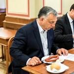 Orbán Viktor tájékoztatja a magyarokat: megreggelizett