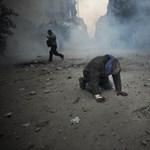 Több ezer sérült a kairói összecsapásokban