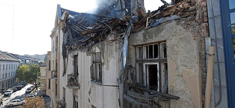 Amatőr videofelvétel: így nézett ki az óbudai házrobbanás a szomszédból