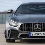 Ordító V8-as: itt a megújított Mercedes-AMG GT sportkocsi