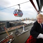 Extra panoráma jár a ma megnyitott függővasúthoz Londonban
