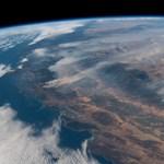 Döbbenetes felvétel: az űrből is látni a kaliforniai tűzvészt