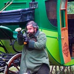 Indul Rudolf Péter történelmi road movie-sorozata