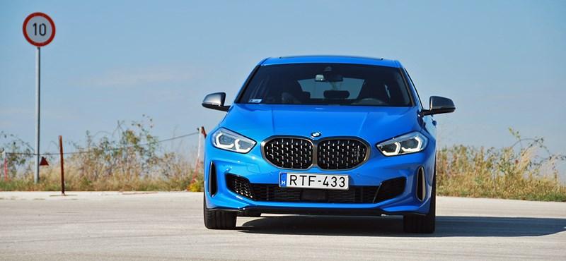 Vezettük az új BMW 1-est, amiről a rajongók előre lemondtak