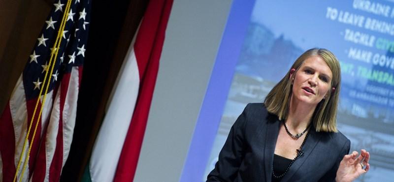 Colleen Bell: Meg fogunk szólalni a sajtó jogainak védelmében