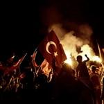 Kiszivárgott iratok szerint Erdogan előre tudott a puccskísérletről
