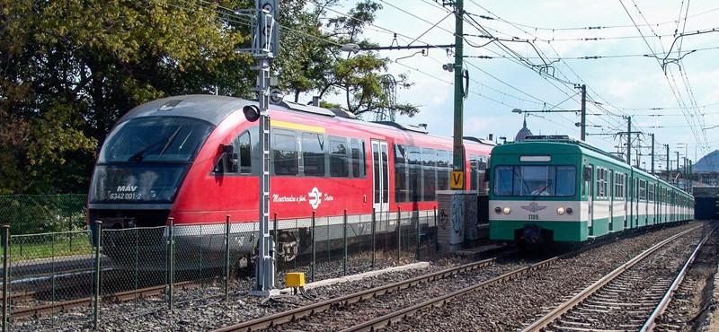 2035-ig még a sínekre engedheti a MÁV a vasúti kocsik illemhelyeinek tartalmát