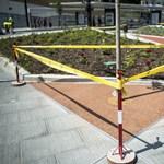Fotó: Már javítják a Széll Kálmán tér burkolatát