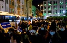 154 hallgató és rezidens ment át a Semmelweis Egyetemről Szlovákiába az országos koronavírus-tesztelésre