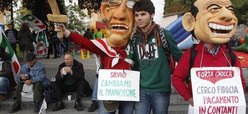 Tízezrek követelték Berlusconi távozását Rómában