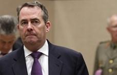 Orosz hackerek törhették fel a volt brit külkereskedelmi miniszter e-mail-fiókját