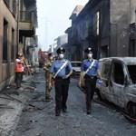 Kisiklott egy tehervonat, két vagonja felrobbant Olaszországban - sokkoló képek