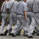 A járvány miatti lezárások Európa-szerte kinyitották a börtönkapukat