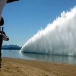 Videó: 300 méteres vízfüggönyt húz maga mögött a világ leggyorsabb hajója