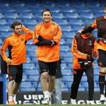 Messi vagy Torres? Mindegy, csak ne egy kopasz bíró!