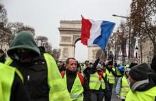 Belebukott a párizsi rendőrfőnök a sárgamellényesek tüntetéseibe