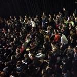 Száz-százötven egyetemista tart fórumot a Színművészetin