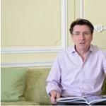 Videó, amit látnia kell: így szaval József Attilát a brit nagykövet