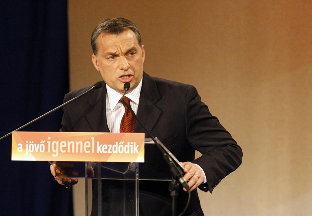sa.08.02.13. Orbán Viktor, a Fidesz - Magyar Polgári Szövetség elnöke évértékelő beszédet tart a SYMA Rendezvénycsarnokban 2008. február 13.