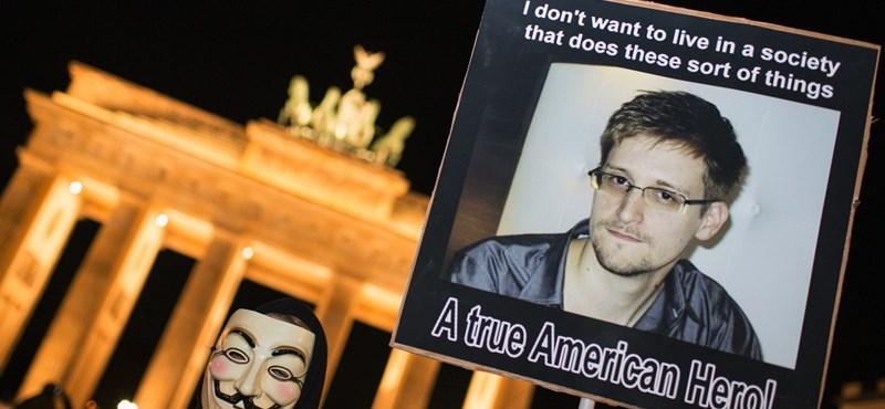 """Snowden: """"Enyém az alsó priccs Guantánamón"""""""