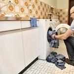 Több házimunkára kényszeríti a férfiakat a home office