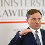 A lengyel igazságügyi miniszter szerint sérti Lengyelországot, ha nem szabad elítélni a melegeket